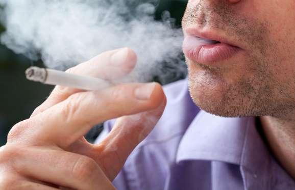 Você sabia que o câncer de boca está entre os dez mais comuns no Brasil? Previna-se!