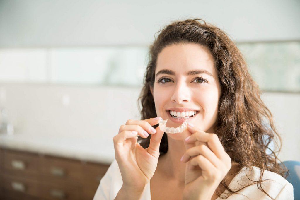 Sabia que os dentes desalinhados podem prejudicar sua saúde? Veja porquê!